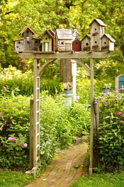Bahçeler İçin Dekoratif En Güzel Kuş Yuvası Modelleri